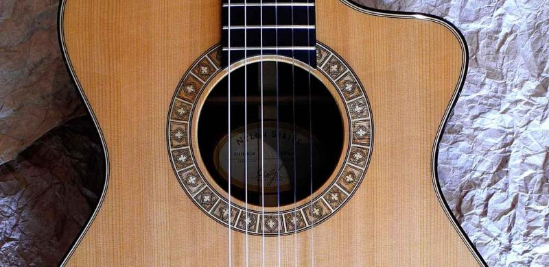 Taylor_ns72ce_horst_weber_gitarre_a