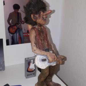 wer hätte das gedacht, Saul und seine eigene Skulptur