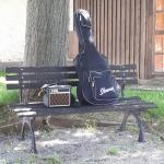 2019...Pause in Possendorf...Micha's Gitarre und sein lieber Brühwürfel (Amp)...