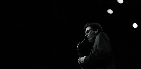 Julian_schunter_saxophonist_foto_von_bernd_freundorfer