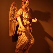Welches Instrument fehlt diesem Engel?