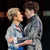 """St. Galler Tagblatt: """"Sarah Romberger als Annio und Sophia Körber als Servilia sind ein Mozart-Traumpaar"""" Landestheater Bregenz 2020, Foto: Anja Köhler"""