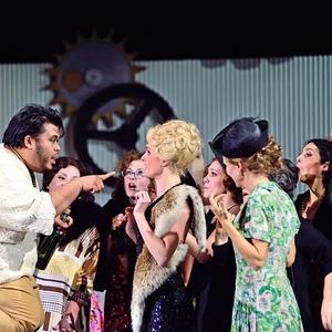 """Elisir d'amore"" am Theater Freiburg- (C) Maurice Korbel"