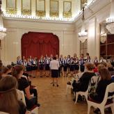 Unsere russchischen Gastgeber: Jugendchor Maladjoshnyj (Leitung Nina Masik)