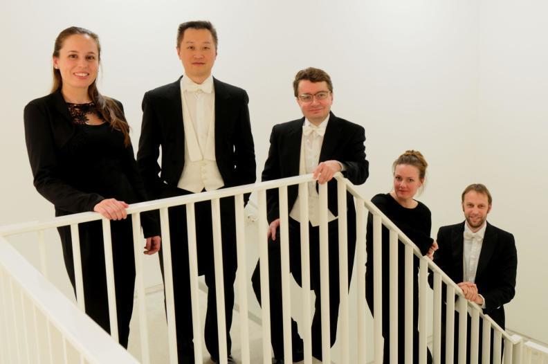 Amsel Quintet Viool: Sergei Bolotny Viool: Yu Li Altviool: Merel Willers Cello: Kate Harris Contrabas: Finne van der Maar
