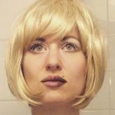 Oui, pour ce soir je suis Titania, la blonde!