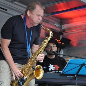 Stefan Lamml Solist auf dem saxophon Bürgerfest Regensburg