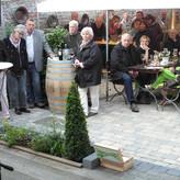 Das Konzertpublikum im Kuturcafe lauscht andächtig den alten Weisen