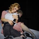 Iphis | Junge Oper Hannover (Marlene Gaßner, Telethusa; Anna Schaumlöffel, Iphis) | © Thomas M. Jauk | 2019