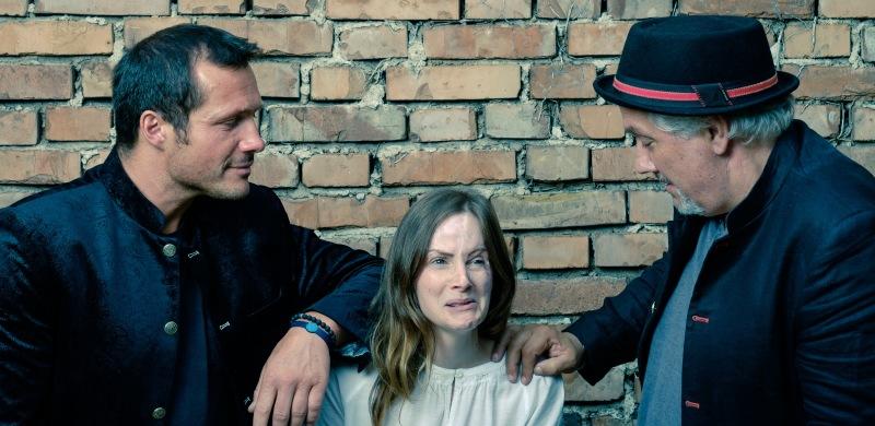 Monika_zo-chling_trio.