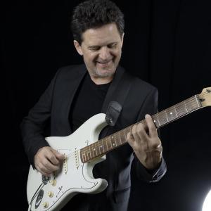 BellaVida | Bob Schneider - Gitarre