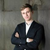 Dmytro Choni Photo 8