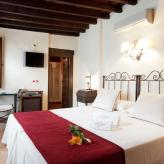 Hotel Mietwagenrundreise Granada