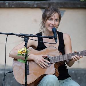 Isabel Jasse_Singer/Songwriter6