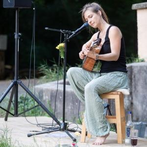 Isabel Jasse_Singer/Songwriter8