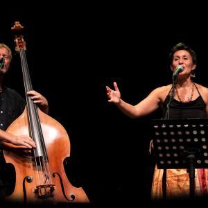 Duo Nisia by Ellen Schmauss